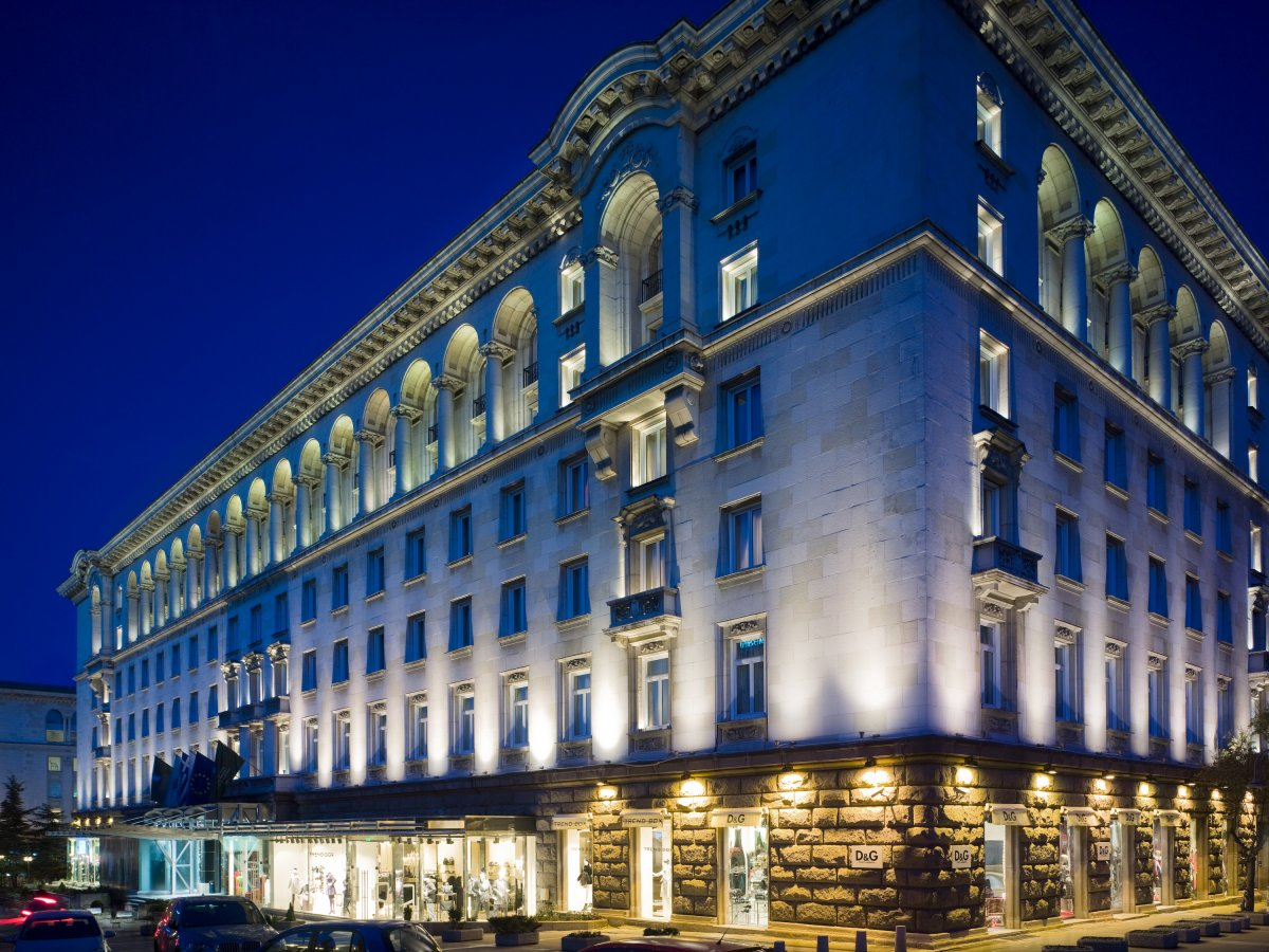 B14 Sofia. Hilton Croydon Hotel. Sofitel Marrakech Lounge And Spa Hotel. Trildoon House Bed And Breakfast. Airporthotel Verona Congress And Relax. Whistler Alpine Chalet Retreat And Wellness Bed And Breakfast. Merribrook Retreat. Pacific Beach Resort. Face Boutique Hotel Beijing
